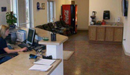 office1_600x286