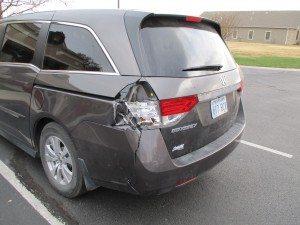 2012 Honda Odyssey broken tail light