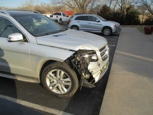 2017 Mercedes GLS 460 with damage