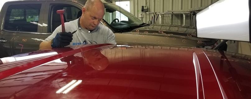 auto tech paintless dent repair